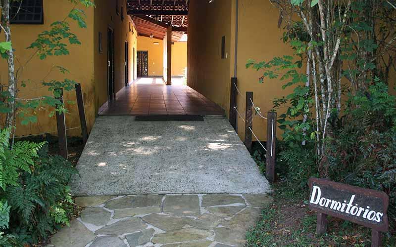 quartos para retiros espirituais sp